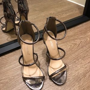 cute metallic strappy heels!